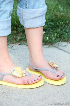 Flip-flop refashion - Don't know about the fabric straps, but I love the flowers on Old Navy flip flops!
