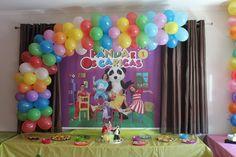 Panda e os Caricas Cake