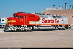 RailPictures.Net Photo: ATSF 101 Atchison, Topeka & Santa Fe (ATSF) EMD FP45 at LaGrange, Illinois by John Sesonske
