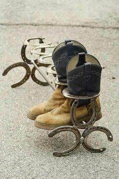 Boot rack made from horseshoes