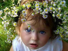 Beautiful! angel, little girls, crown, flower dresses, daisi, flower children, flower girls, children photography, eye