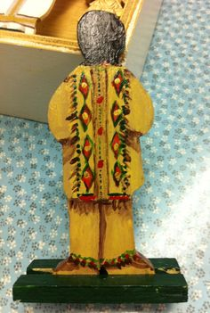 And the details on the back of the figure from the St. Giles Family Parish/Grace Episcopal Church Level 2 atrium Eucharistic Presence figure of a Native American.