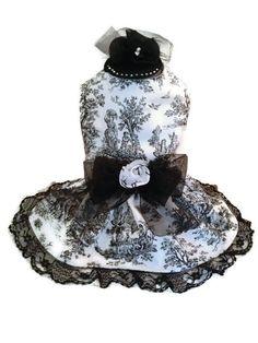 Costura hecho a mano blanco y negro Toile perro por ayChihuahua