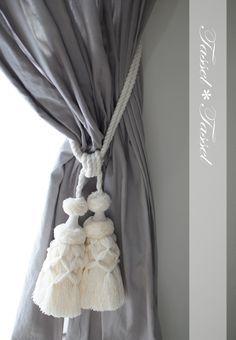 試作です♪リネンのホワイトタイバックの画像 | カルトナージュとタッセル TiAMo 奈良 Tassel Curtains, Crochet Curtains, Passementerie, Gray Interior, Cozy Cottage, Fabric Decor, Home And Living, Grey And White, Tassels