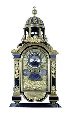 This astronomical clock with several dials was designed for Monsignor Wall Clock Brands, Wall Clock Online, Antique Wall Clocks, Old Clocks, Tabletop Clocks, Mantel Clocks, Sistema Solar, Wall Clock Luxury, Unusual Clocks