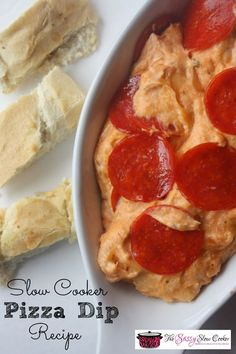 So delicious Slow cooker pizza dip recipe. A great dip recipe for your Super Bowl or any game day party
