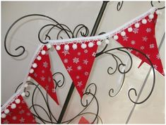 This gorgeous Christmas bunting could be yours for FREE. Simply enter the competition for your chance to win and have this in your home by Christmas. Christmas Crafts To Sell, Handmade Christmas Gifts, Christmas Sewing, Christmas Fabric, Handmade Gifts, Christmas Makes, Cozy Christmas, Christmas Ornaments, Homemade Christmas