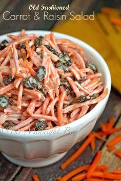 Carrot and Raisin Salad | bakeatmidnite.com | #carrots #raisins #salad