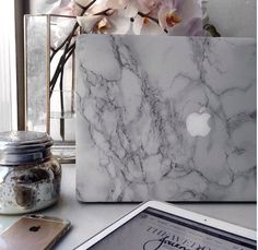 @DREST #drestfinds Marble laptop case
