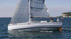 Elan 350's broad stern allows for an increased form stability and power integrating well with the twin-rudder arrangement and delivering excellent control even at high heel angles.