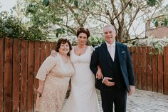 Belfast wedding photographer Pure Photo N.I Malone House getting ready bride with mum and dad