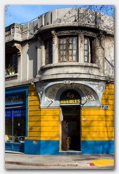 Edificios del siglo pasado.-Montevideo, Uruguay