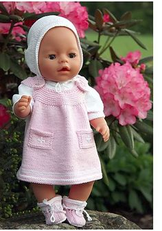 Child Knitting Patterns Lovely knitting sample from Maulfrid Gausel for Child born Baby Knitting Patterns Supply : Beautiful knitting pattern from Maulfrid Gausel for Baby born. Knitting Dolls Clothes, Crochet Doll Clothes, Knitted Dolls, Doll Clothes Patterns, Doll Patterns, Knitted Baby, Baby Knitting Patterns, Knitting Designs, Girl Dolls