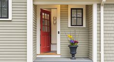 For good feng shui, it is best to have your front door painted in a specific color. These are the best feng shui colors for a Southwest facing the front door. Feng Shui Front Door Colour, Front Door Colors, Front Doors, Keller Williams, Feng Shui Colores, Tan House, Apartment Entrance, Residential Real Estate, Selling Your House