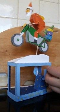 mechanische skulptur weihnachtsmann