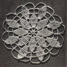 Crochet Round Medallion Pattern, Queen Anne Lace, joined to create tablecloth, runners. Available at Vintage Knit Crochet Pattern Shop. Crochet Circles, Crochet Motifs, Crochet Diagram, Crochet Doilies, Crochet Flowers, Crochet Stitches, Slip Stitch Crochet, One Skein Crochet, Crochet Pillow