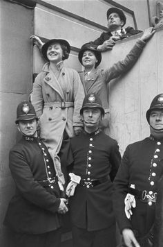 London. Coronation of George VI. by Henri Cartier-Bresson, 1937.
