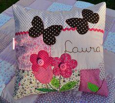 https://flic.kr/p/ao7U3j   Um presente para Laura...   Uma almofadinha feita com…