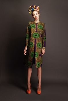 STELLA JEAN-Use big red rose tunic pattern in an African fabric African Inspired Fashion, African Print Fashion, Ethnic Fashion, Fashion Prints, Womens Fashion, Fashion Design, African Prints, African Fabric, Ankara Fashion
