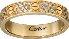 <span class='lovefont'>A </span> wedding band, diamond-paved Yellow gold, diamonds