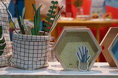 Decoração, detalhes da decoração, na AB Casa Fair com detalhes da decoração com adornos, nichos, plantas.