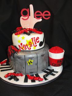 Glee cake... has my name written all over it;)