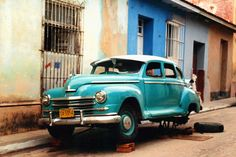 Old car (Cuba) by ChicFolie