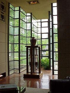 inside westhope, tulsa ok, designed by frank lloyd wright.  photo by david thompson