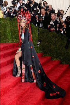 #ChinaThroughTheLookingGlass Otra entrada dramática para SJP en la Gala del Met | Bloc de Moda: Noticias de moda, fashion y belleza Primavera Verano 2015