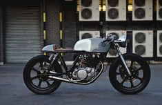 英国チューンのAUTO FABRICAのSR500が恐ろしく美しい。 - LAWRENCE(ロレンス) - Motorcycle x Cars + α = Your Life.
