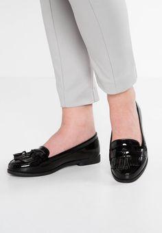 KAIRY - Slip-ons - black. upper material:high-quality imitation leather. shoe toecap:round. shoe fastener:slip on. Fabric:Synthetic leather. Details:tassels,fringing. Cover sole:imitation leather. Pattern:plain. Heel type:flat. Padding type:Cold padding. Sole:synthetics. I...