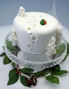 Christmas Cake with footprints? Cake by Svetlana Petrova Christmas Cake Designs, Christmas Cake Decorations, Christmas Cupcakes, Holiday Cakes, Christmas Desserts, Christmas Treats, Xmas Cakes, Xmas Food, Christmas Cooking