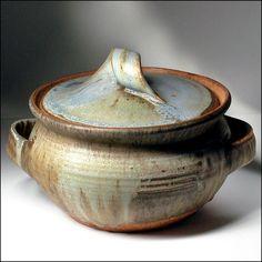 Karen Karnes American Studio Art Pottery Flameproof Mid-Century Casserole