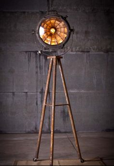 Tripod Searchlight Lamp by Rustorations