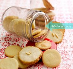 Recipe for delicious lemon cookies!