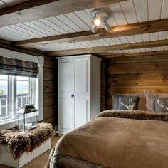 Love it❤️❤️❤️ Ha en fin torsdag☺️☔️ Cabin Homes, Log Homes, Cottage Design, House Design, Log Home Interiors, Cabin In The Woods, Style Deco, Cabins And Cottages, Interior Design Living Room