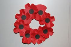 How to make a remembrance day wreath. Easy enough for kids. From  http://www.craftcaravan