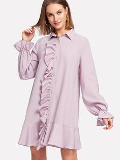 Модное платье на кнопках с оборкой