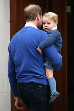 Prince George has arrived at the Lindo Wing to meet his baby sister for the very first time. Shortly after 4pm on 2 May, the little royal arrived with his proud father Prince William to be introduced to the newborn Princess of Cambridge.