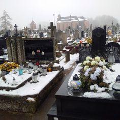 ZDJECIA  SIERAJ ZBIGNIEW: Cmentarz.. Jasne że zawsze zajadę do swoich bliski...