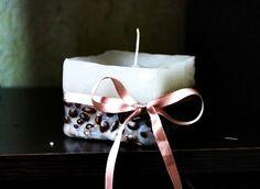 Aprenda a fazer duas versões: velas com cheirinho de café e velas em pote de vidro!