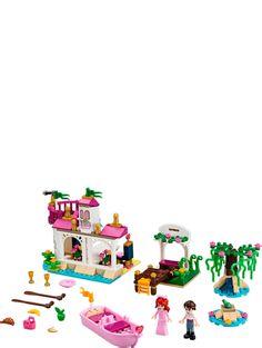 Buy LEGO Ariel's Magical Kiss Set from This LEGO Disney set contains 256 pieces including 2 minifigs. Lego Disney Princess, Disney Tangled, Lego Toys, Lego Duplo, Legos, Little Mermaid Toys, Princesa Ariel Disney, Lego Clones, Buy Lego