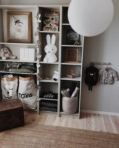 Toddler And Baby Room, Baby Barn, Ikea Billy, Inspiration For Kids, Kidsroom, Kid Beds, Kids Bedroom, Bookcase, Nursery