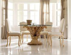 bonita mesa dorada y beige clásica