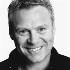 Thomas Craig as Inspector Tommy Brackenreid - born in England, named Craig Thompson
