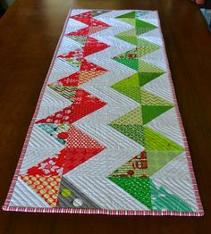 gemini stitches: table runner