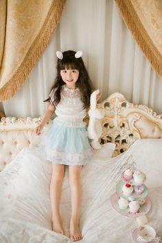 Little Girl Models, Cute Little Girl Dresses, Cute Girl Pic, Cute Little Girls, Cute Baby Girl, Child Models, Cute Kids, Flower Girl Dresses, Kids Outfits Girls