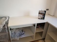 """Installed A pure white stone sits in this U-shape kitchen with a thickness. There is lots of worktop space and a perfect """"kitchen triangle"""". Kitchen Triangle, U Shaped Kitchen, White Stone, Pure White, Granite, Office Desk, Pure Products, Furniture, Home Decor"""