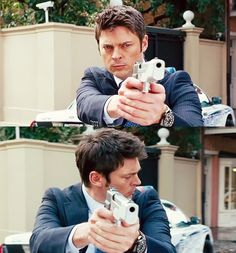 Karl Urban as William Cooper in RED