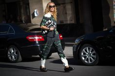 Pin for Later: The Best of Paris Fashion Week Street Style (Updated!) PFW Street Style Day 5 Streaks of tie-dye paired with blown up houndstooth.